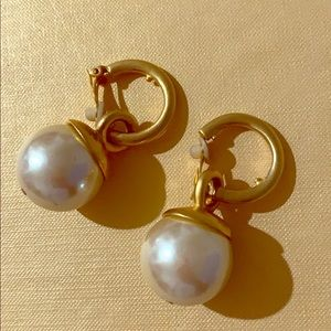 Ann Taylor Vintage Pearl and Gold Earrings